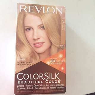 Revlon 3D Color Technology medium Blonde