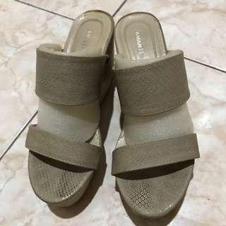 Amante Wedges Sandal