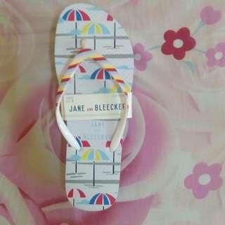 Jane & Bleecker Flip Flops