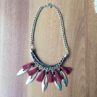Gold / Fringe Necklace