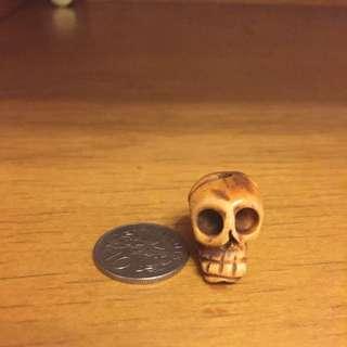 10x skull charms made of animal bone