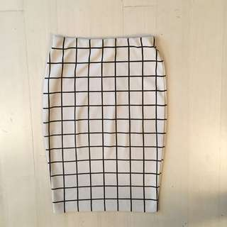 White Tile Check Work Skirt