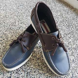 FREE Hardytogs Men's Shoes