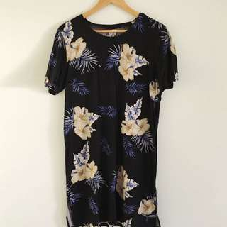 INSIGHT - Women's T-Shirt Dress
