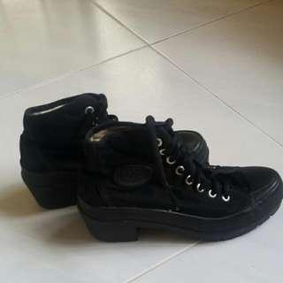 Girls Black Canvas Shoes