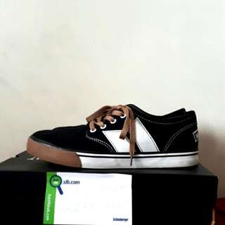 Macbeth Langley Black/Gum Rubber UK8