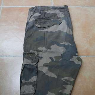 Celana Panjang Army