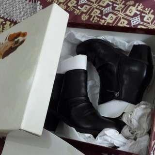 Boots Hushpuppies