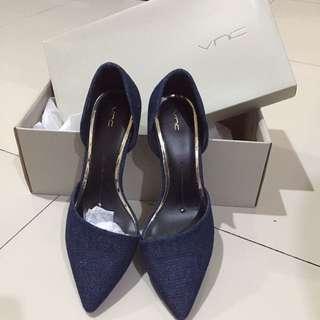 Vnc jeans heels