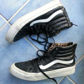 Vans Ankle Boots Leather ..Size 6-5