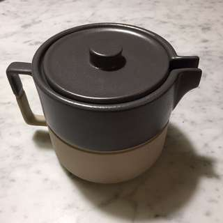 Country Road Teapot