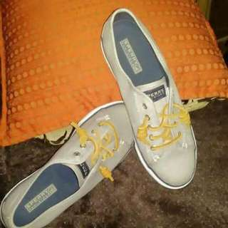 authentic Sperry women 8.5