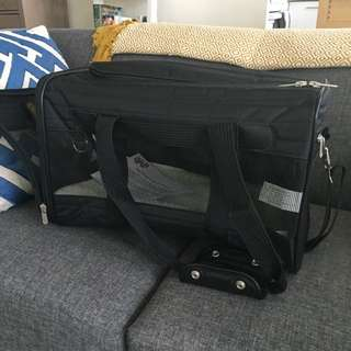 Brand New Sherpa Dog Carrier (large)