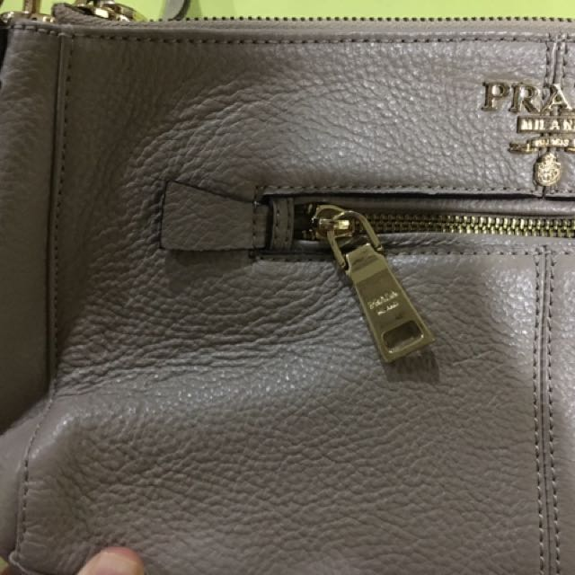 7a Replica prada Bag