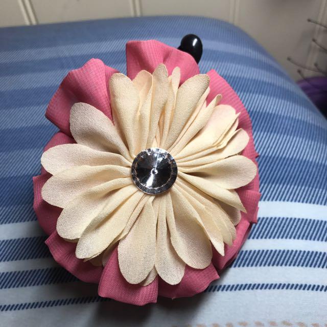 典雅鑲鑽雙層花朵香蕉夾