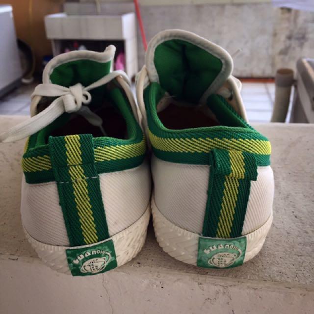 百搭小白鞋