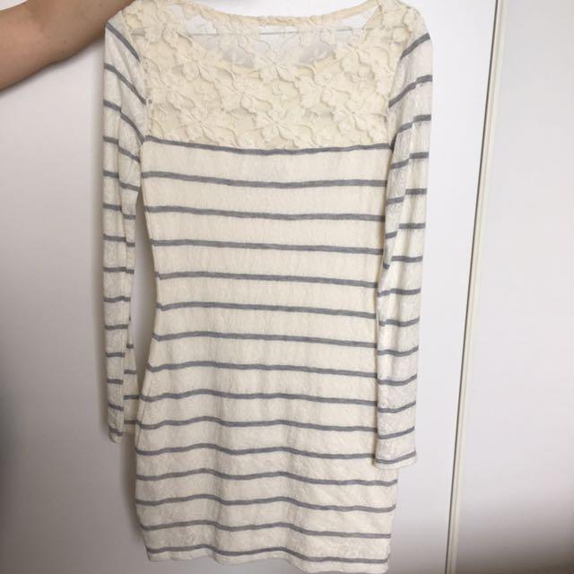 Abercrombie Finch Beige Dress
