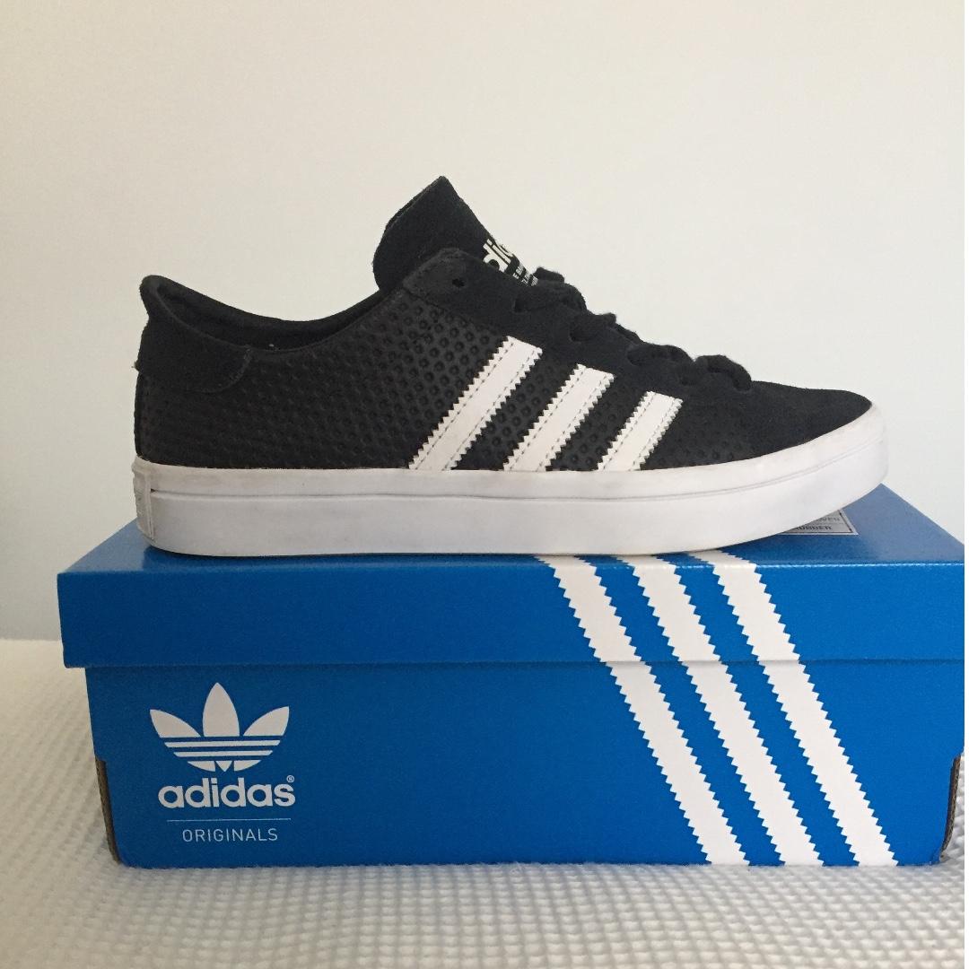 Adidas Courtvantage Shoes