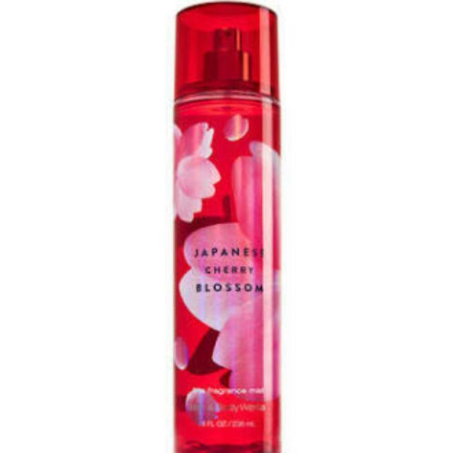 Bath and Body Works, Japanese Cherry Blossom Fragrance Mist 236ml