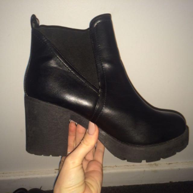 Black Freelance Boots
