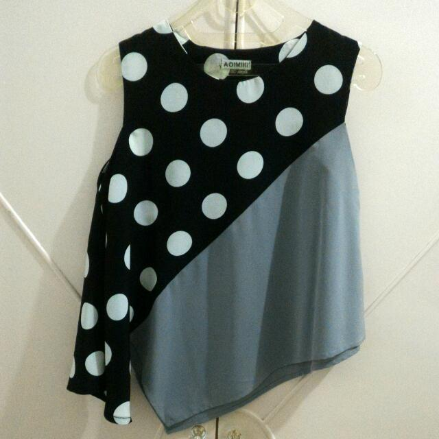 Black Polkadot Asymetrical Top