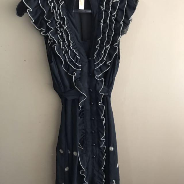 Black Ruffles Dress