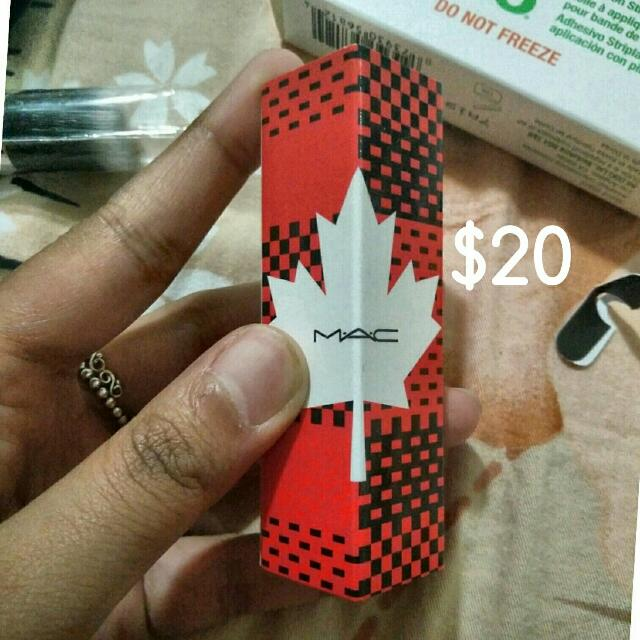 💥PRICE DROP💥 BNIB Mac Canada 150 Limited Edition Matte Lipstick