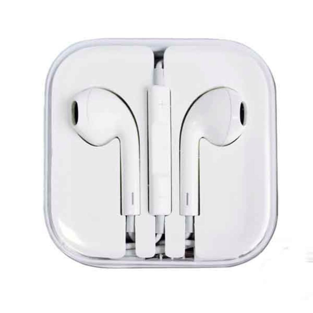 3ce98bc16f9 BNIB] Original Apple Earphones, Electronics, Audio on Carousell