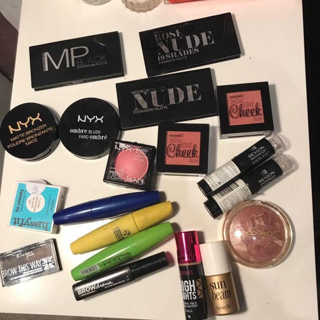 Bundle Of Make Up