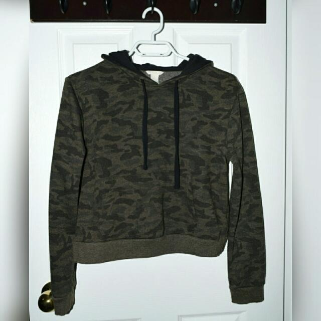 Camouflage Sweater Forever 21
