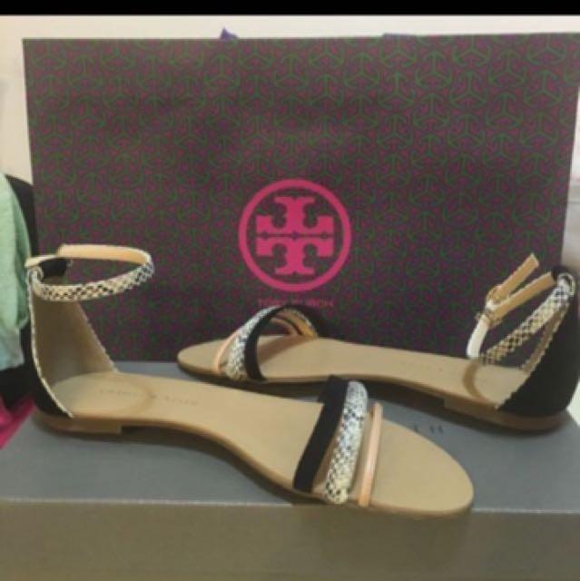 全新品 新加坡購入 小Ck Charles&Keith 一字涼鞋 動物紋 蛇紋