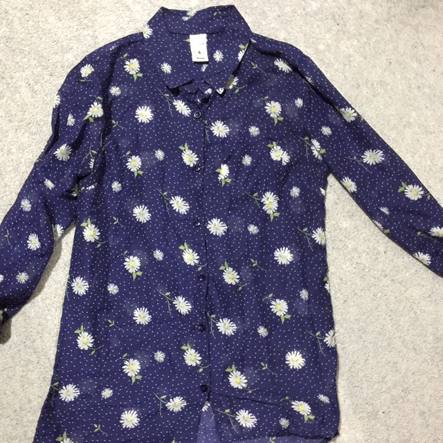 Floral Button down Size 6