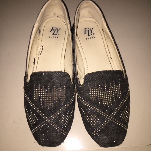 Fly Black Shoes