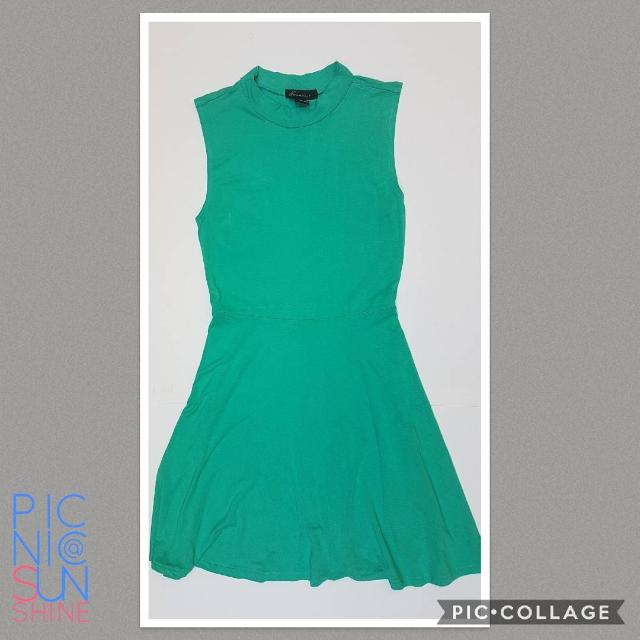 Forever21 sea green baby turtleneck dress. Highly stretchable material. Small. Php 400.