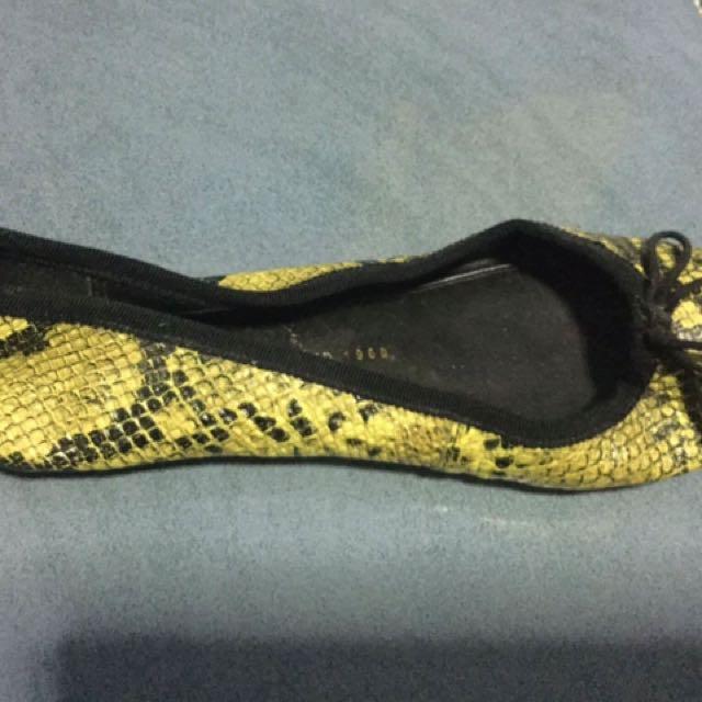 Gap Snake Ballet Flat