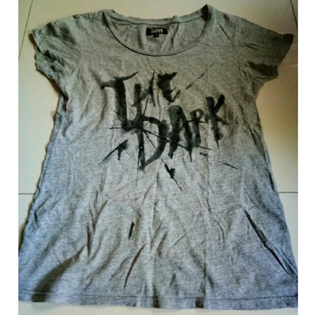 Gray Blouse (dark Design)