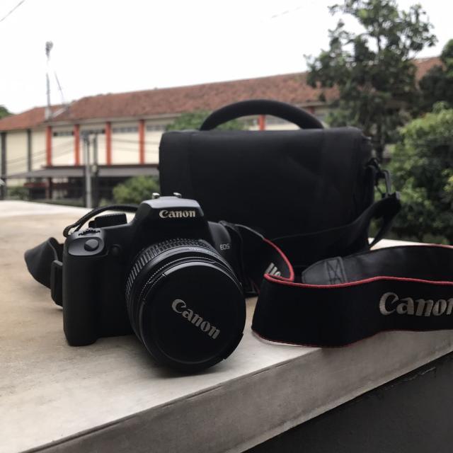 Kamera Digital Canon EOS 1000D