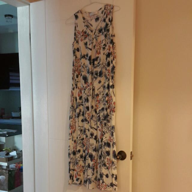 kiki亞麻連身洋裝