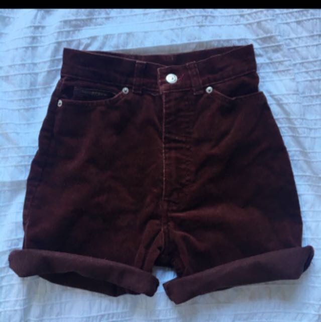 Vintage Levi's Cut-off High Waisted Shorts Burgundy Size 4-6
