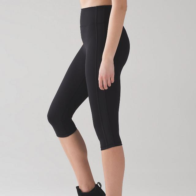 Lululemon Squad Goals Crop