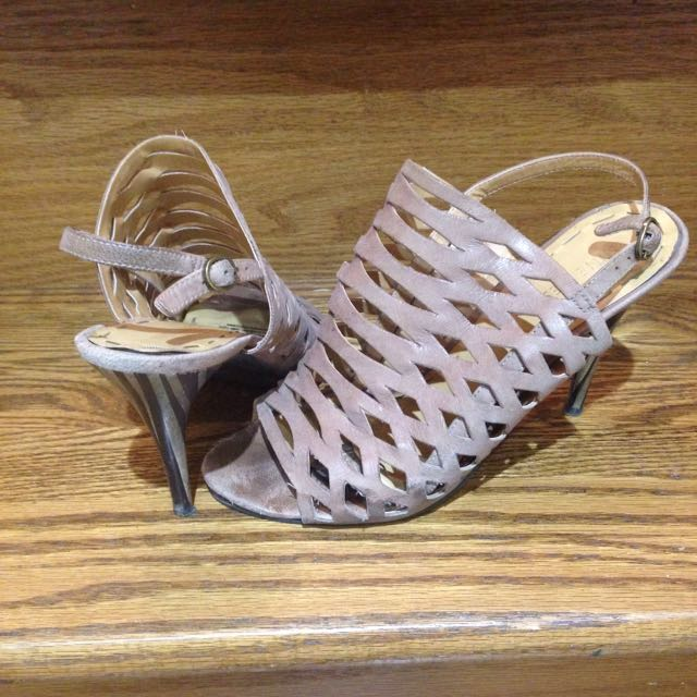 Nine West Sandal Size 7