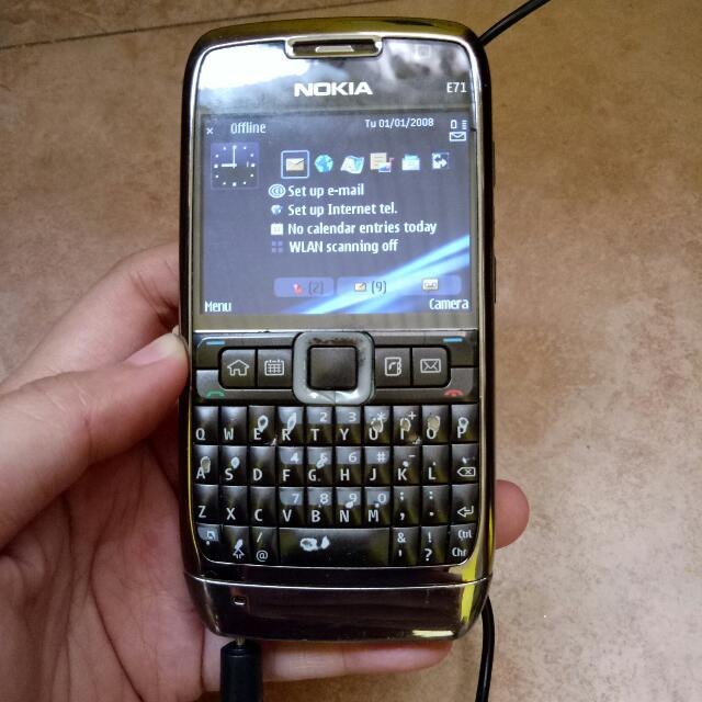 Nokia e71 eseries with charger