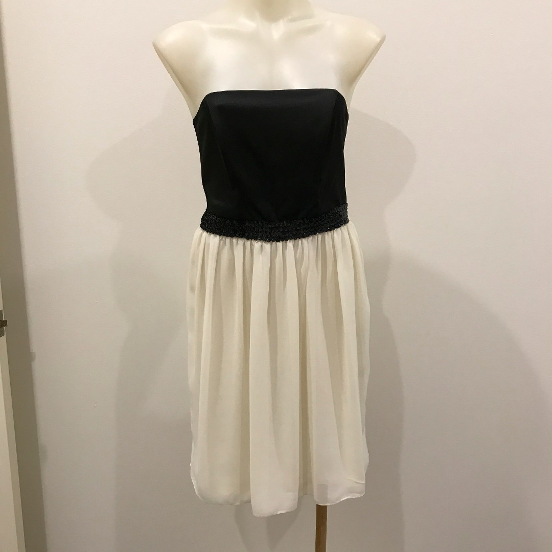 Review Strapless Dress Size 10