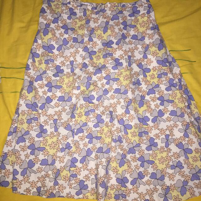 rok motif bawah lutut