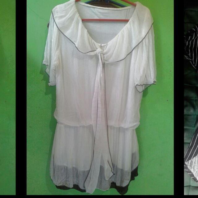 Top White Blouse with Ribbon