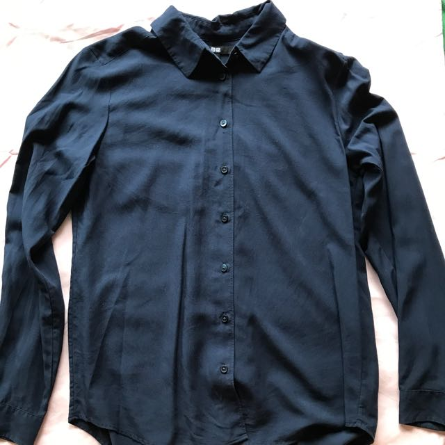 UniQlo Button Up - Small