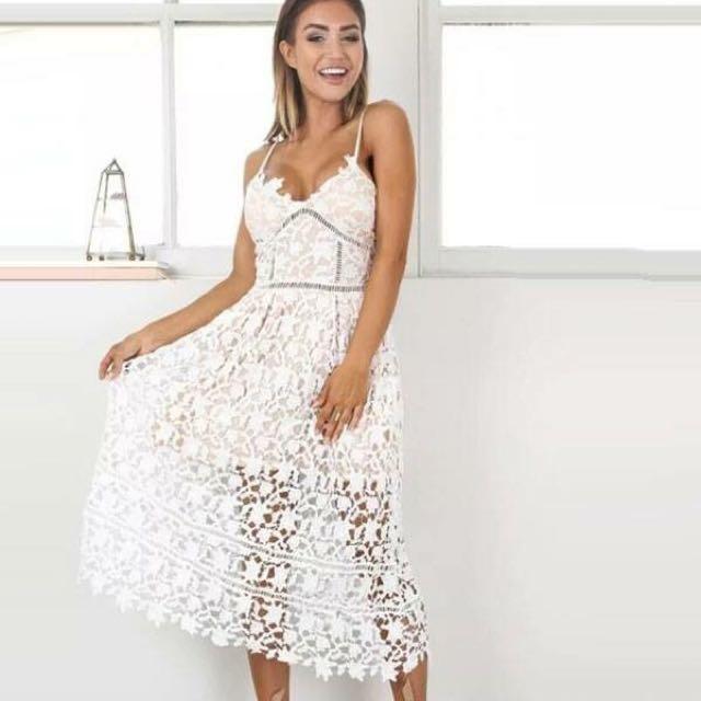 White Elegant Dresses