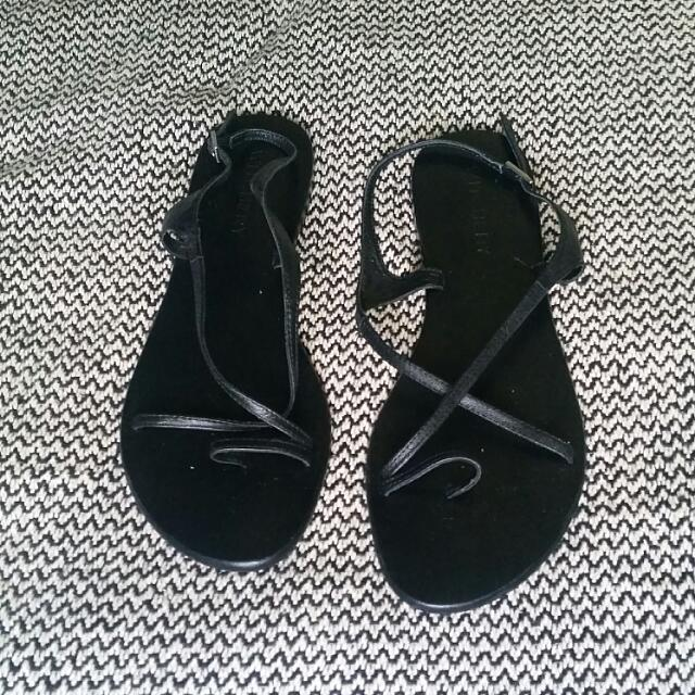 Witchery Sandals Size40