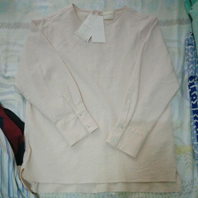 Zara Woman- Formal Blouse/medium 28 (USA)