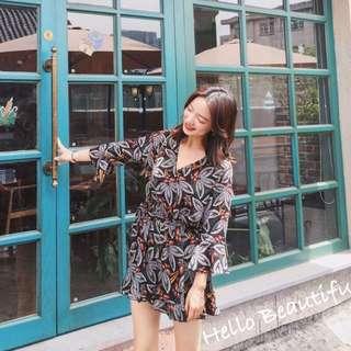 韓國設計款 V領印花七分袖連身褲